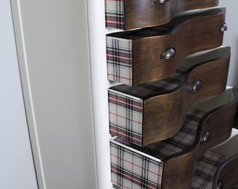 French Provincial Dresser with 5 drawers
