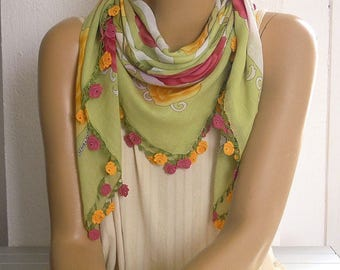 green cotton scarf, crochet rose trim, turkish oya