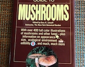 1981 Simon and Schuster's guide to Mushrooms 400  illustrations hardcover book beautiful pictures