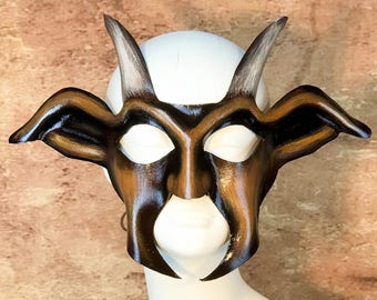 Goat / Pan Leather Mask