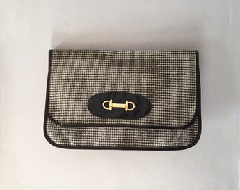 houndstooth gray large clutch