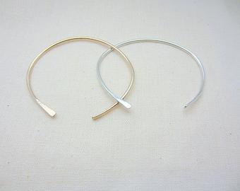 Cuff Bracelet in Silver or Gold. Minimal Cuff. Asymmetric Cuff Bangle. Modern Bohemian Bracelet. Metal Bracelet. Open Cuff - Jupiter Cuff