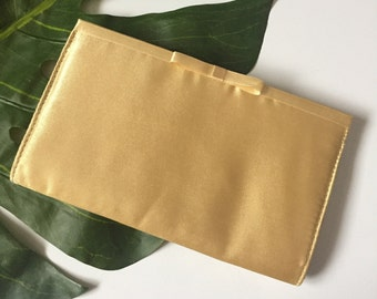 retro style vintage 90s gold satin hand clutch evening wallet date formal