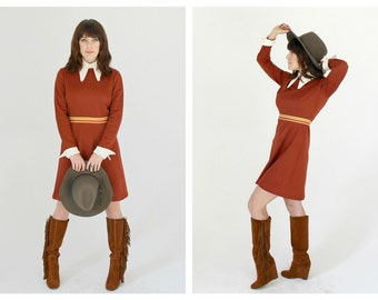 70s Pointed Collar Rust Mini Dress- M, Long Sleeve, White Collar, Cuffs, Red Brown, Large Collar, Cute