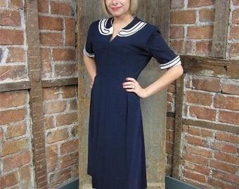On Sale 1940s Dress Navy Blue/ White Collar Cuffs. Rhinestone collar cuffs 686