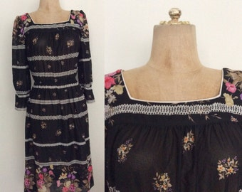 1970's Striped Floral Polyester Dress w/ Stretch Waist Vintage Dress Size XS Small by Maeberry Vintage