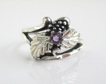 Black Hills Sterling Silver Ring - Leaf Design w/ Purple Stone, Vintage Unused - Size 6