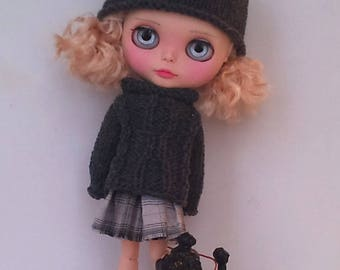 Knitted cotton sweater and hat, and a cotton skirt Blythe or Pullip