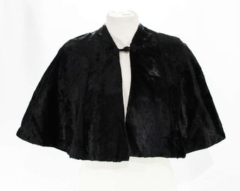 Lovely 1950s Faux Fur Cape - Size Medium to Large 50s Victorian Style - Antique Look Cape - Glossy Black Sheared Faux Fur Capelet - 47582
