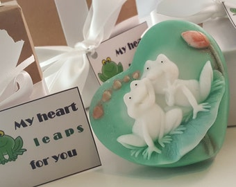 frog heart soap bar -  valentines day gift - gift for mom - sister gift - gift for her - girl gift - gift for her - valentines for wife
