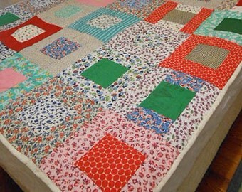 """Scrappy FEEDSACK PATCHWORK QUILT 1930s Hand Pieced 12"""" Sqs Boho Colors, Hand Quilted Green Red Teal Pink, Comfy Unused S D Bedspread 60 x 73"""