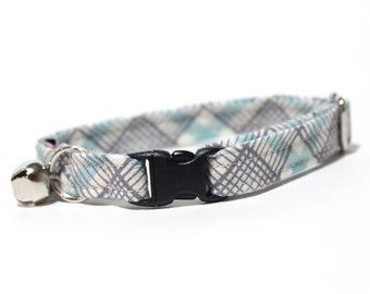 Plaid Cat Collar with breakaway safety buckle- Perrfet Grey and Blue Plaid