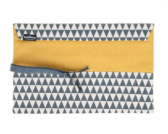 Roll-Up Pencil Case - Wrap Pencil Case - Makeup Brush Roll - Pencil Roll Triangles