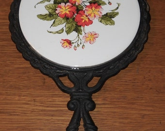 Round Trivet - Flowers - Iron Trivet - Kitchen