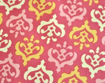 Heather Bailey - Freshcut - Crest (pink) PWHB32