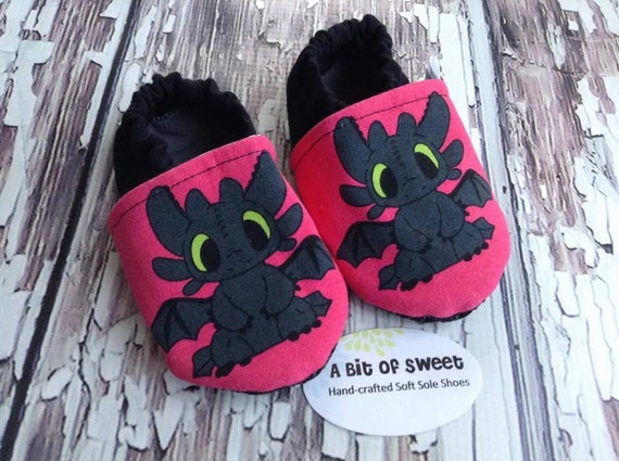 Pink Dragon Soft Sole Shoes Size 6-12m