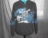 Vintage 1980s ART UNLIMITED SPORTSWEAR howling wolves henley-style sweatshirt, size M / L