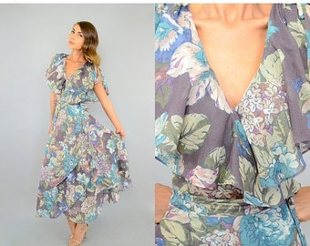 ANNIVERSARY SALE 70's Bohemian FLORAL Wrap Dress
