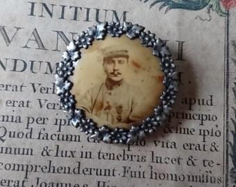 Charming antique French porte photo locket brooch c1910 BELLE BROCANTE Tres Belle Dolls house frame