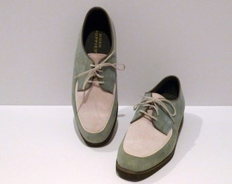 Hush Puppies Shoes Vintage Two Tone Oxfords Size 8.5 Womens Teal and Cream Suede Leather Lace Up Flats 1990s Rockabilly Hipster Preppy