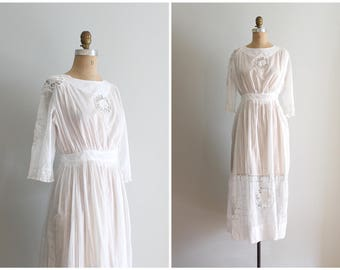 Edwardian white batiste tea dress - antique 1910s lawn party dress / 1900s bridal dress / Edwardian dress - antique wedding dress