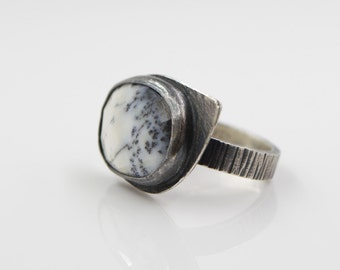 Dendritic Agate Hammered Sterling Silver Ring
