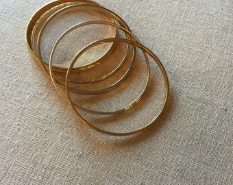 Gorgeous Vintage Gold Toned Bangles - Set of 5