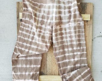 Large - Brown and White Tie Dye Leggings in the Stripe Pattern.