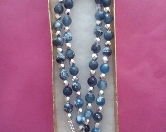 Pendant necklace with Swarovsky crystals