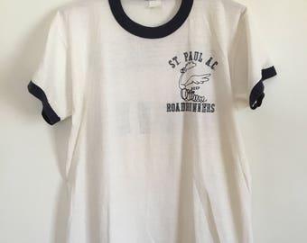 70's vintage running t-shirt st. paul minnesota roadrunners - size medium