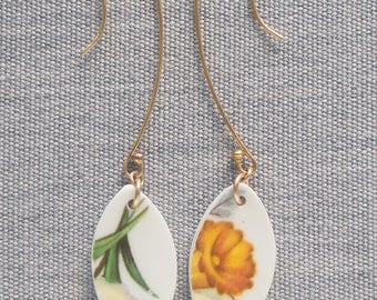 Tulip Super Dangle Earrings Broken Recycled China Jewelry Material and Movement