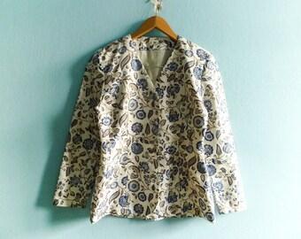 Vintage Womens Suit Jacket / Blazer / Floral / White Blue / V neck / Buttoned / Crop Cropped / 90s / Medium