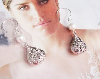 wedding earrings, pearl earrings, wedding jewelry, crystal earrings, statement earrings, swarovski earrings pearl chandelier dangle earrings