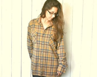 Flash Sale 25% Off Wool Plaid Button Up 1970s Rustic Woodland Mustard Blue Vintage Flannel Shirt Large XL