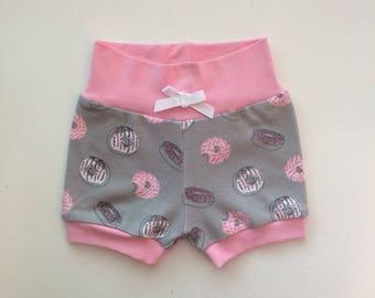 Gray and Pink Doughnut Hipster Baby Shorts / Baby Girl Shorts / Bubble Shorts