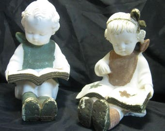 Like Chalk Material Figurine Statue Boy And Girl Reading A Book 1950-1960