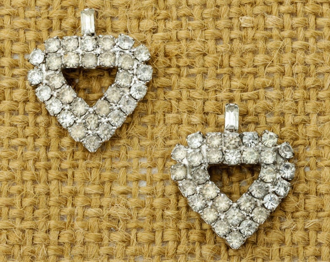 Vintage Rhinestone Earrings  Spade or Hearts Earrings Silver Tone Pierced Earings Studs | Vtg Pin 16B