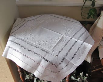 "Table Linens Vintage Solid White Drawnwork Linen Cotton Tablecloth - 27"" Square (#139)"