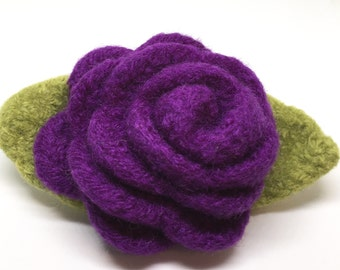Felted Wool Rose Flower Brooch in Purple, Plum with green leaves
