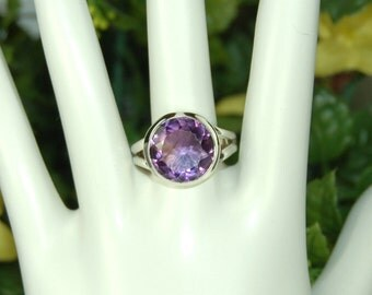Amethyst Ring, Size 10, Large Amethyst, 8Cts, Sterling Silver, February Birthstone, Purple Amethyst, Purple Solitaire, Big Amethyst Ring