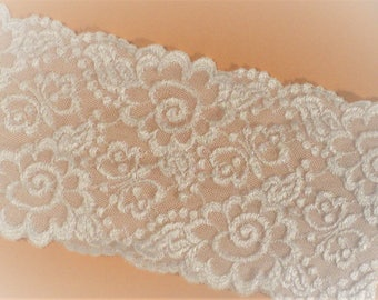 """Lace White Stretch 4"""" Wide Vintage"""