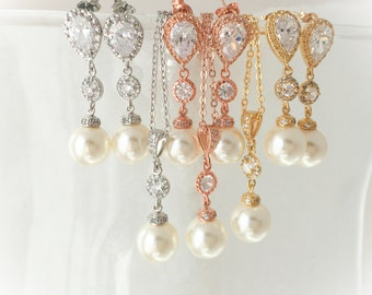 sale 45 dollars!  Gold, rose gold or silver Bridal Jewelry, Gold Stud Earring, Rose Bridesmaid, Gold Jewelry, Crystal Gold Wedding Jewelry