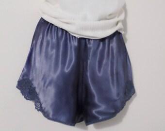 Vintage high waist tap panties - Size Medium