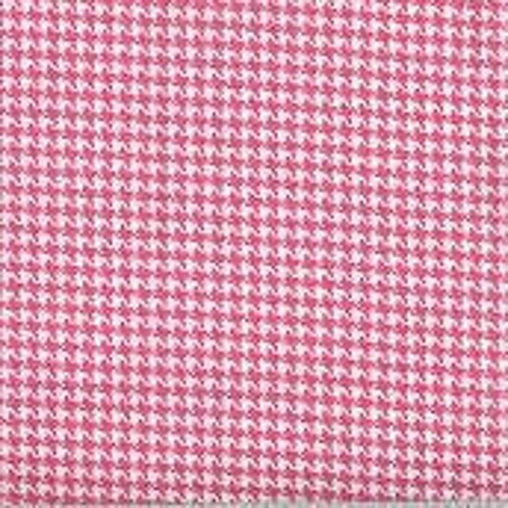 Houndstooth fabric,Pink and white houndstooth fabric,100% cotton,Quilt fabric,Apparel fabric,Craft,Sold by FAT QUARTER INCREMENTS