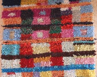 "190X160 cm 6'2"" x 5'2""         L30229 boucherouite , boucharouette,  moroccan rugs , berber rugs, morocco carpets"