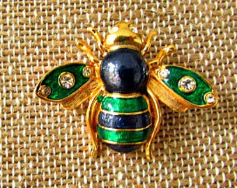 vintage 70s green blue enameled bee pin gold tone rhinestones preppy bee