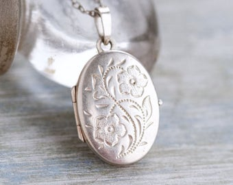 Oval Photo Locket Sterling Silver Necklace - Etched Flower
