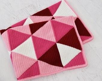 Crochet Blanket PATTERN - Ombre Triangle Blanket - baby size Blanket, child size blanket, PDF pattern, crochet afghan, Afghan pattern