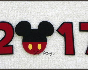Die Cut Disney Vacation 2018, 2017, 16, or 15 Year Title Mickey Mouse Paper Piecing Embellishment for Card Making Scrapbook or Paper Crafts