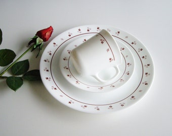Vintage Corelle, Place Setting, Corelle Burgundy, Rose Buds, Dishes for One, Mug, Side Plate, Dinner Plate, Durable Dishes, Burgundy Roses